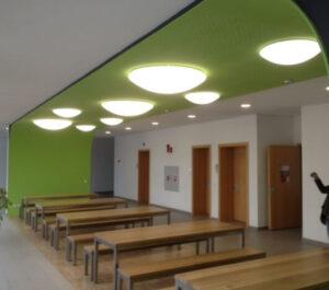 Neugestaltung im Pausenraum Der Fachhochschule Landshut nachher