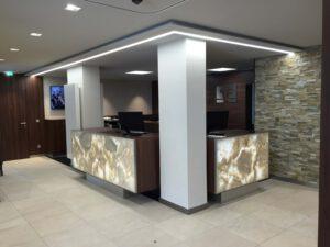 Eingangsbereich der VR-Bank Landshut