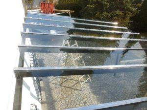 Glasüberdachung Metall